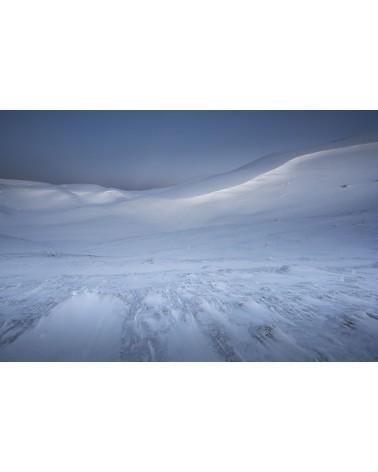 Désert blanc - photographie Nicolas Gascard   Ambiance désertique hivernale à l'aube aux sommets des Monts Jura.