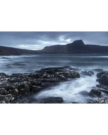 Ecume - photographie Franck Fouquet  La mer se forme, la pluie menace sur Neist Point